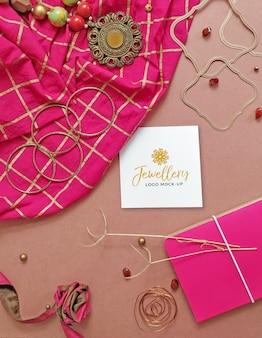 Maqueta de logotipo de joyería rústica femenina