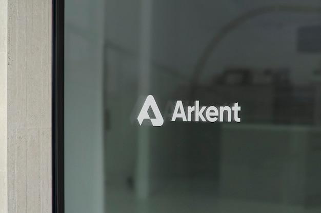 Maqueta de logotipo de letrero de ventana moderno