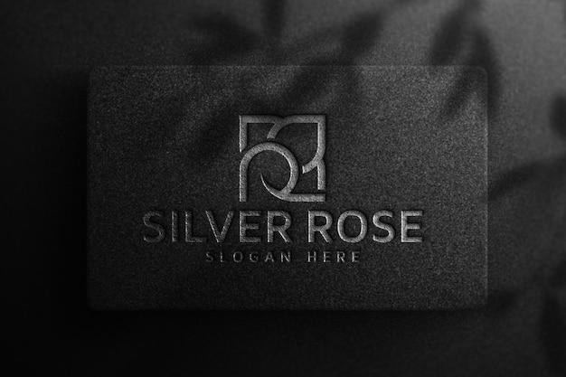 Maqueta de logotipo de lujo en papel negro