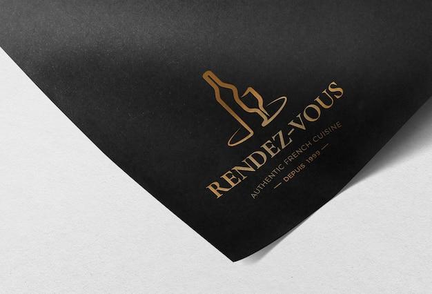 Maqueta de logotipo en papel psd, diseño elegante realista