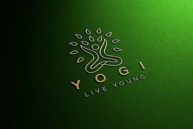 Maqueta de logotipo de papel verde en relieve de lujo