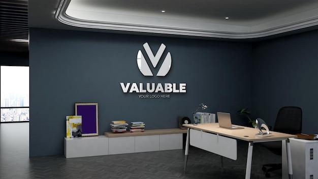 Maqueta de logotipo realista 3d en la sala del gerente de la oficina