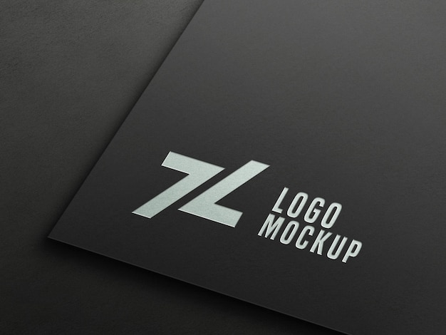 Maqueta de logotipo en relieve de lámina plateada en perspectiva