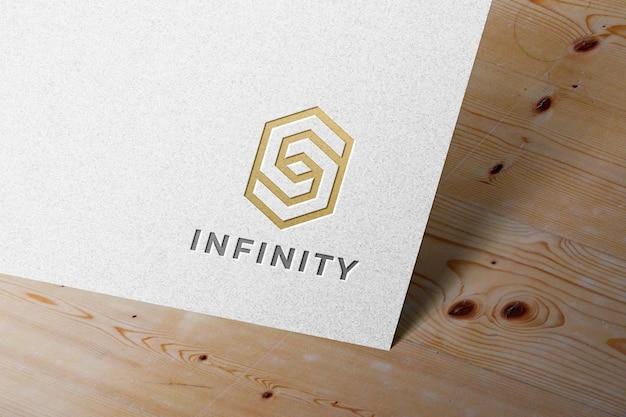 Maqueta de logotipo tipográfico