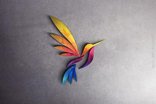 Maqueta de logotipo de vidrio en textura de hormigón