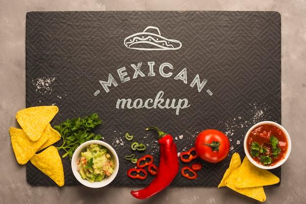 Maqueta de mantel de restaurante mexicano con ingredientes