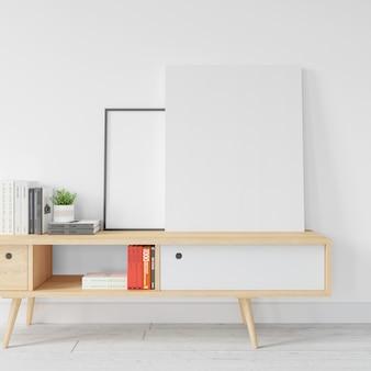 Maqueta de marco blanco en blanco sobre mesa de madera