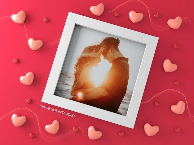 Maqueta de marco con corazones