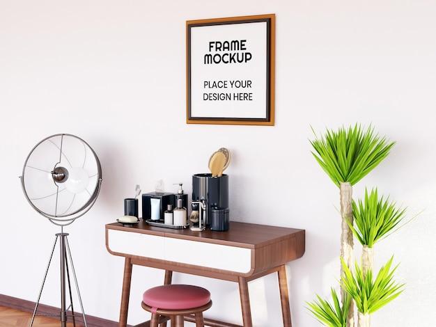 Maqueta de marco de fotos en la sala de maquillaje