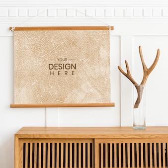 Maqueta de marco de imagen en un gabinete de madera