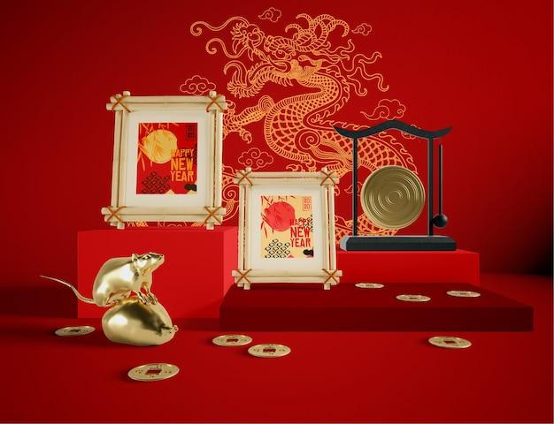 Maqueta de marco con objetos tradicionales chinos