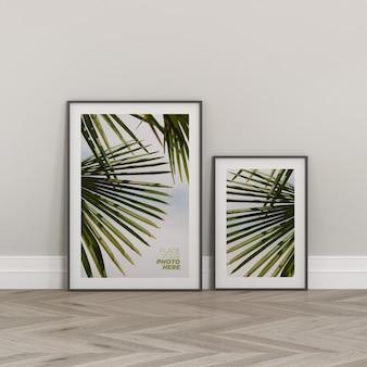 Maqueta de marcos de fotos en el piso