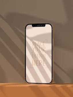 Maqueta de pantalla en blanco sin marco de smartphone