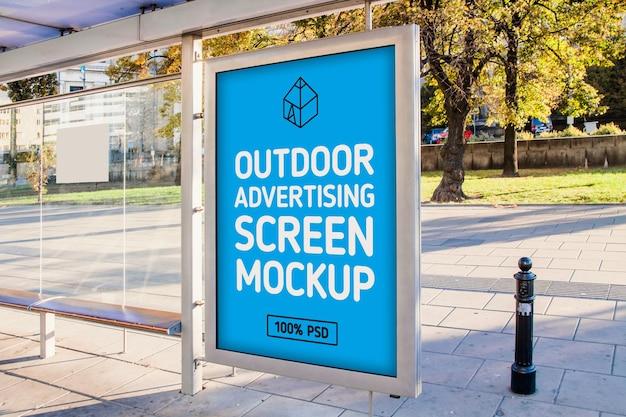 Maqueta de pantalla de publicidad exterior