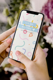 Maqueta de pantalla de teléfono móvil con historia de redes sociales pregúntame cualquier cosa