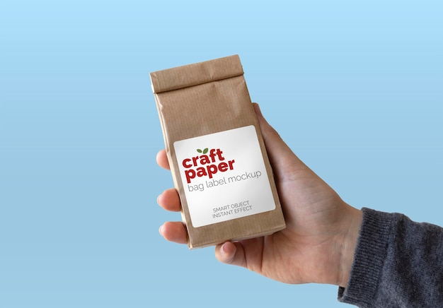 Maqueta de papel artesanal en mano