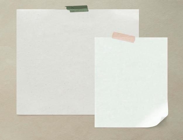 Maqueta de papel blanco liso en blanco