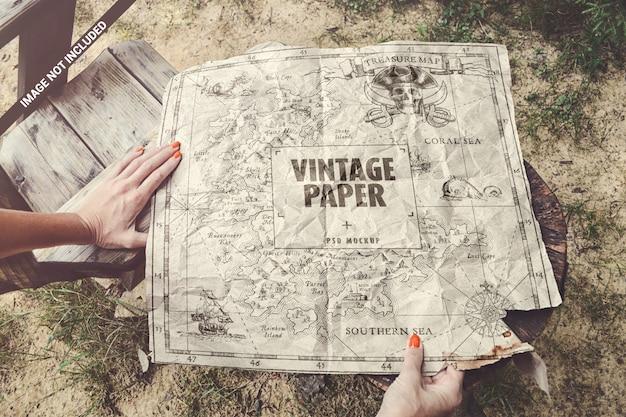 Maqueta de papel vintage