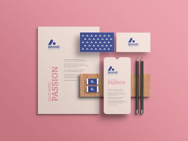 Maqueta de papelería de marca de identidad