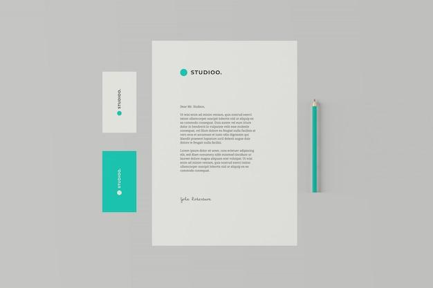 Maqueta de papelería de marca