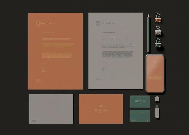 Maqueta de papelería de oficina