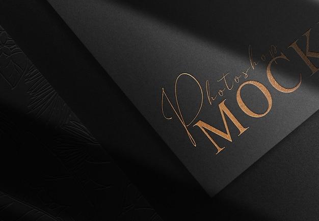 Maqueta de papeles en relieve de oro de lujo