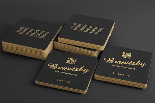 Maqueta de pila de tarjeta de visita cuadrada de lujo negra y dorada