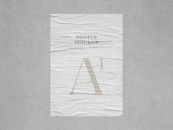 Maqueta de póster arrugado con efecto pegado