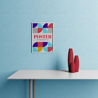 Maqueta de póster colgada en la pared