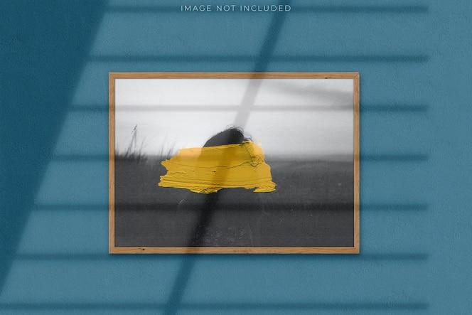 Maqueta de póster para fotografías con superposición de sombras
