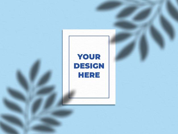 Maqueta de póster con sombra de hojas