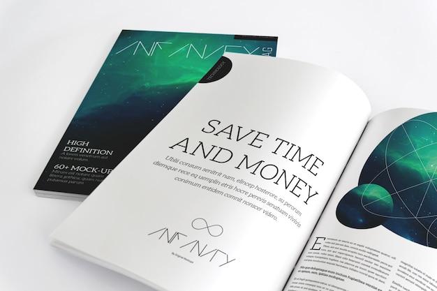 Maqueta de revista abierta para página extendida y portada