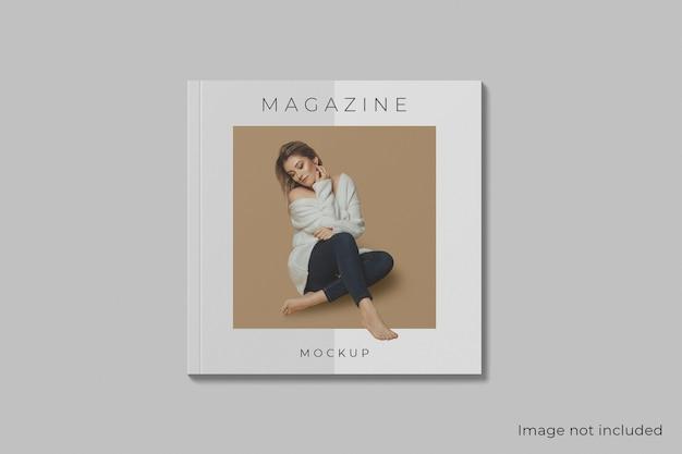 Maqueta de revista cuadrada de portada de vista superior aislada