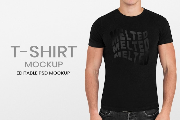 Maqueta simple de camiseta usada por un hombre