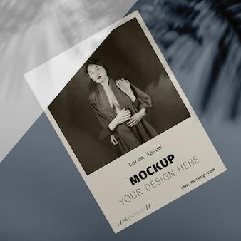 Maqueta de superposición de sombras de folletos