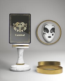 Maqueta de tableta digital con evento de póster de carnaval enmascarado