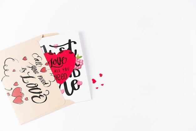 Maqueta de tarjeta del día de san valentin con copyspace