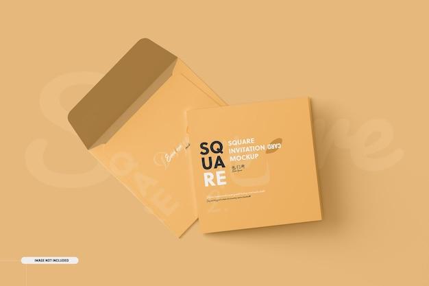 Maqueta de tarjeta de invitación plegable cuadrada