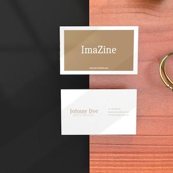 Maqueta de tarjeta de nombre comercial realista