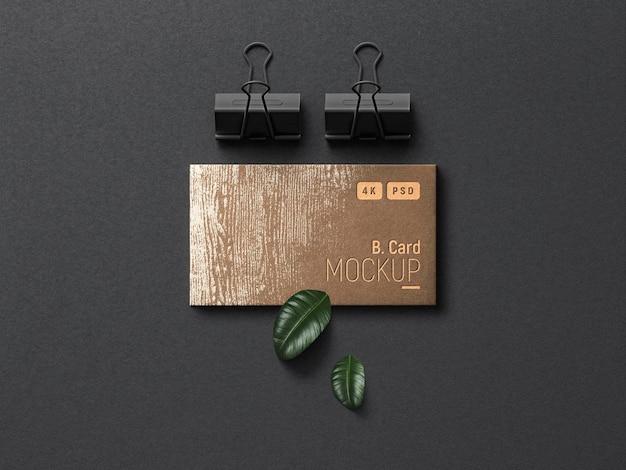 Maqueta de tarjeta de presentación con efectos tipográficos realistas