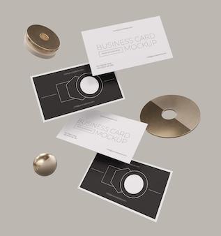Maqueta de tarjeta de visita de cobre levitando metálico