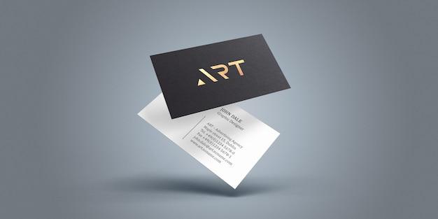 Maqueta de tarjeta de visita con efecto de texto de lámina dorada