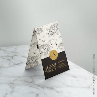 Maqueta de tarjeta de visita floral