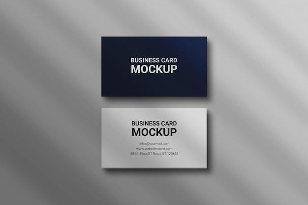 Maqueta de tarjeta de visita de photoshop con diseño de superposición de sombras