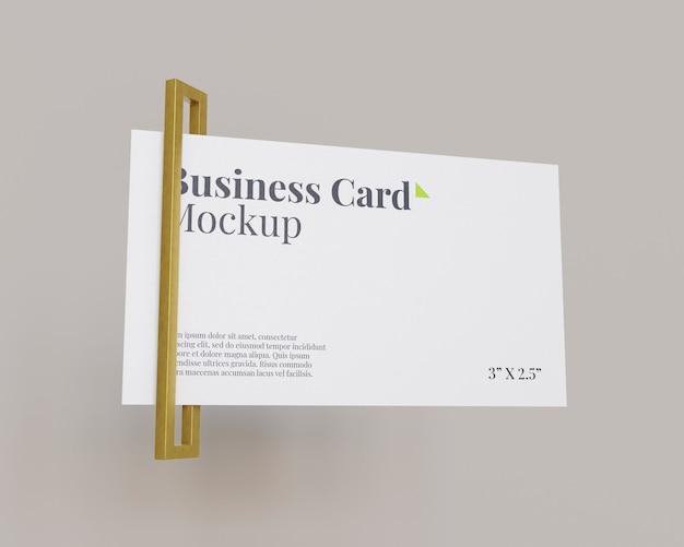 Maqueta de tarjeta de visita simple con anillo rectangular de oro