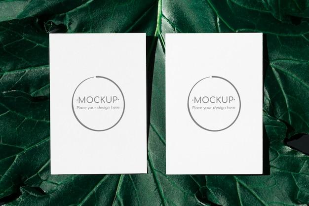 Maqueta de tarjetas de hoja verde
