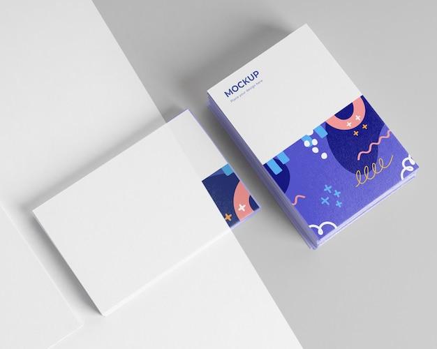 Maqueta de tarjetas de visita de patrón vista superior