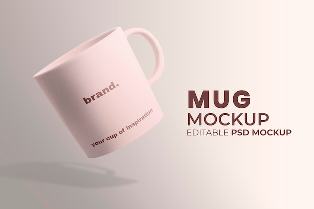 Maqueta de taza de café de cerámica psd en diseño minimalista rosa