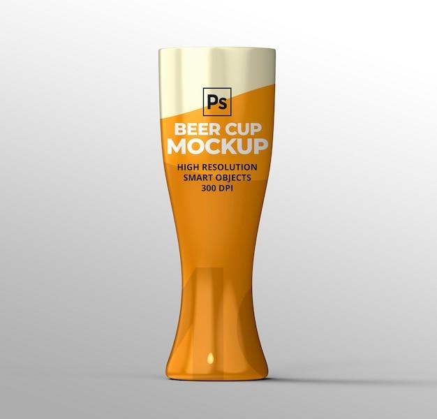 Maqueta de taza de cerveza para presentaciones de marca y publicidad.