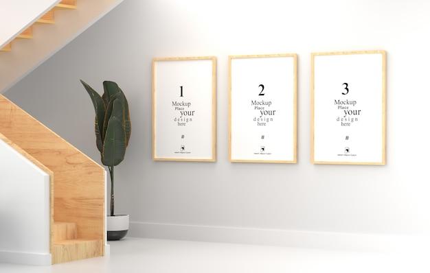 Maqueta tres marco de fotos vacío para maqueta en sala blanca vacía, plantilla psd.